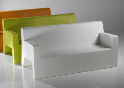 Vondom jut collection new for 2010 gibraltar furniture design notes moder - Divan exterieur palette ...