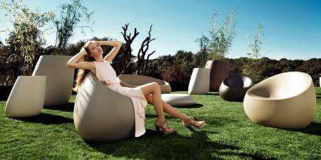 design-outdoor-furniture-sofa-loungechair-table-planters-stones-stefanogiovannoni-vondom-1